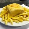 La francesinha del Café Santiago (Porto)